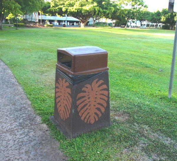 ハワイのごみ箱は普通にオシャレ