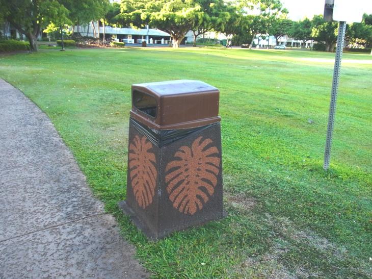 ハワイのごみ箱