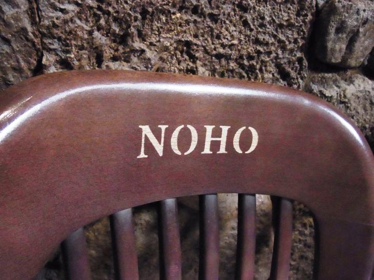NOHOハワイ語意味
